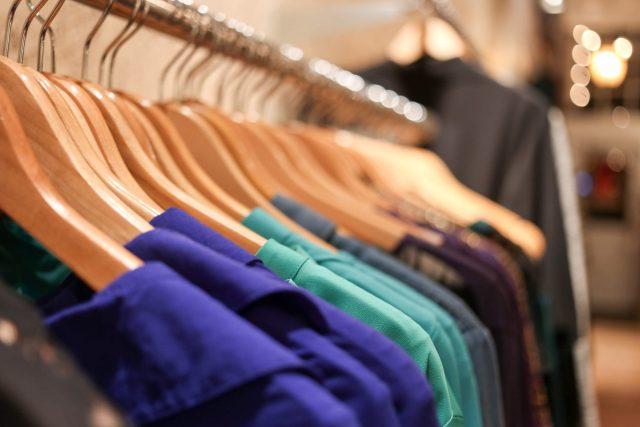 Renove sua loja em 2019 com o leilão online de roupas