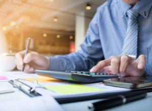 Como empresas podem reduzir despesas e aumentar os ganhos com leilão?