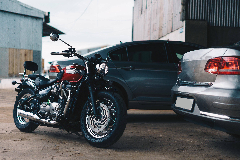 Como funciona um leilão on-line de veículos e motos?